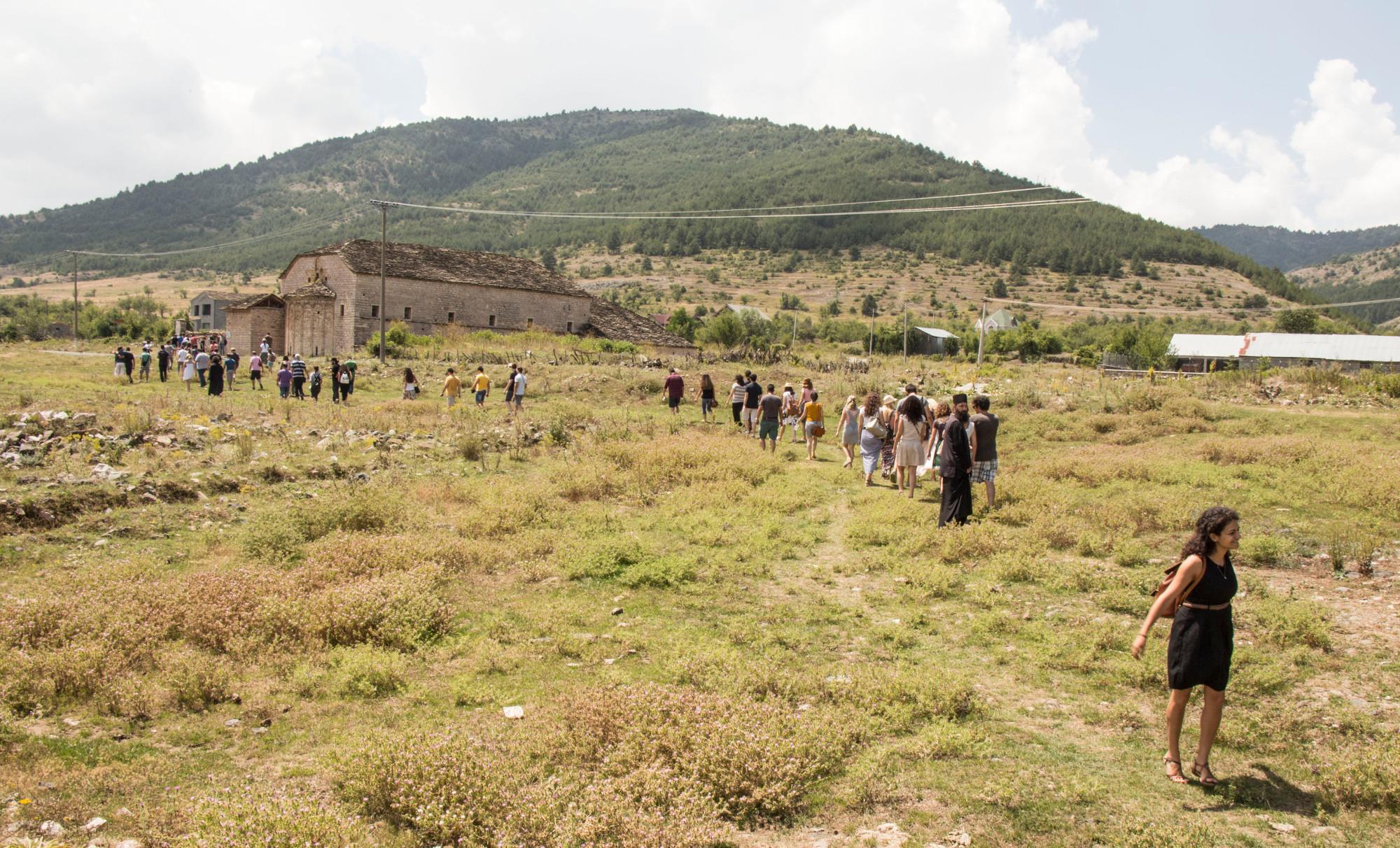 Ιερός Ναός Αρχαγγέλων Μιχαήλ και Γαβριήλ στη Μοσχόπολη